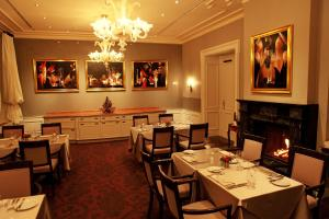 A restaurant or other place to eat at Le Palais Art Hotel Prague