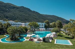 Πισίνα στο ή κοντά στο Mitsis Galini Wellness Spa & Resort