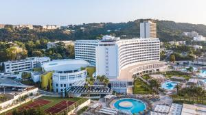 מבט מלמעלה על Akti Imperial Deluxe Resort & Spa Dolce by Wyndham
