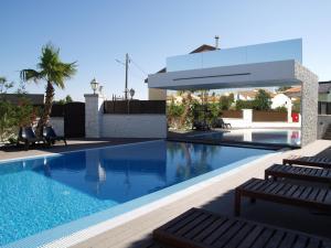 A piscina em ou perto de Quinta Do Molinu