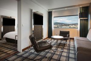 A seating area at Radisson Blu Scandinavia Hotel, Oslo