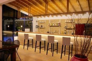 Ο χώρος του lounge ή του μπαρ στο Mare Vista Hotel - Epaminondas