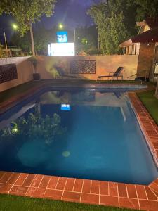 The swimming pool at or near Albury City Motel
