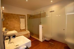 Ein Badezimmer in der Unterkunft Finca Atalis - Adults Only