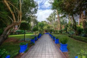 A garden outside Hôtel Marrakech Le Semiramis