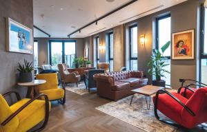 The lobby or reception area at The Gate ApartHotel London