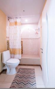 A bathroom at Mini-hotel City