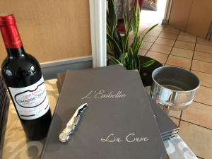 Drinks at L'embellie