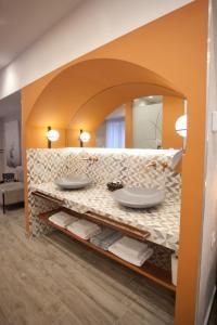 A bathroom at Noufara