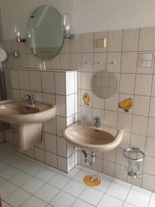 A bathroom at Haus Brandenburg