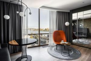 Гостиная зона в Radisson Blu Hotel Rostov-on-Don