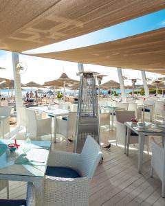 Ресторан / й інші заклади харчування у Domina Oasis Hotel & Resort