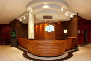 The lobby or reception area at Holiday Inn Barnsley