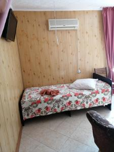 """Кровать или кровати в номере """"Анапа-Нега"""""""