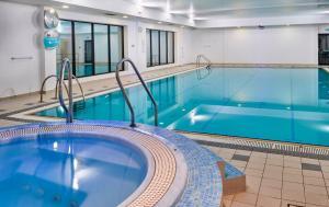 The swimming pool at or near Holiday Inn Taunton M5, Jct25