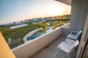 A balcony or terrace at Oceana Resort & Conventions
