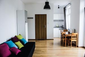A seating area at Apartamenty Babina