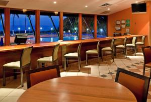 A restaurant or other place to eat at Holiday Inn Ponce & El Tropical Casino, an IHG Hotel