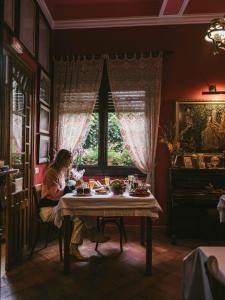 Un restaurante o sitio para comer en Casa Leonardo