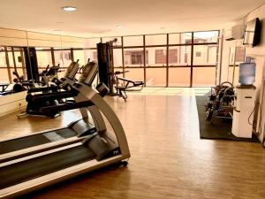 The fitness centre and/or fitness facilities at Jurerê Beach Village - Flat na Praia