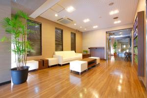 The lobby or reception area at FLEXSTAY INN Ekoda