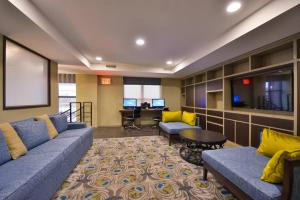 Area soggiorno di Holiday Inn New York-JFK Airport Area