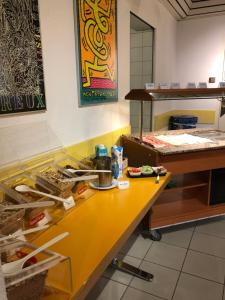 A kitchen or kitchenette at Montreux Youth Hostel