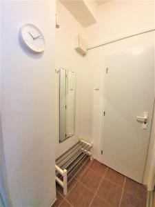 Bagno di Epstein Apartments
