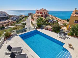 A view of the pool at Luxury Villa with Private Pool near Sea in Benalmadena or nearby