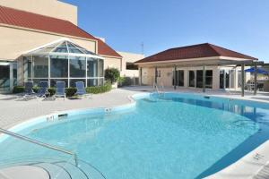 The swimming pool at or close to TOPS'L Beach Manor II