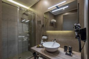 Ein Badezimmer in der Unterkunft Hotel Matilde - Lifestyle Hotel