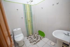 Un baño de Hotel Takana