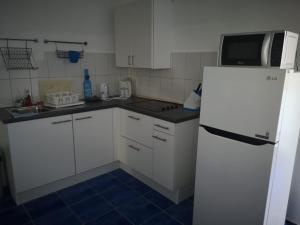 A cozinha ou cozinha compacta de Studio Marazul
