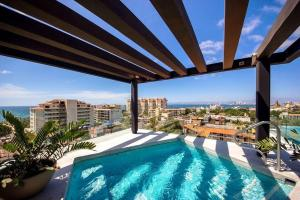 The swimming pool at or near Zenith 601, Zona Romantica, 2 Balconies with Incredible Views, Rooftop Pool