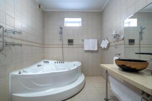 Ванная комната в One Sea Boutique Apartment