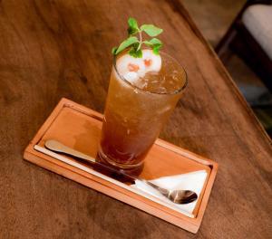 Drinks at Prei Nokor Hostel