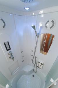 Ванная комната в Guest House Ksenia