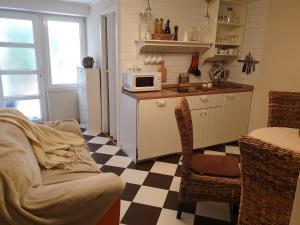 A kitchen or kitchenette at Apartments Boris