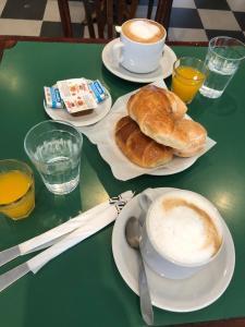Opciones de desayuno para los huéspedes de Hotel San Cayetano