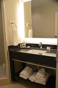 Bagno di Tower Hotel at Fallsview