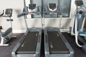 The fitness center and/or fitness facilities at Staybridge Suites Birmingham