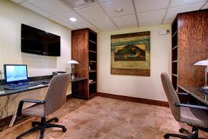 The business area and/or conference room at Staybridge Suites Salt Lake-West Valley City