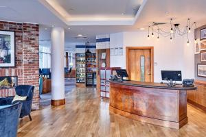 The lobby or reception area at Staybridge Suites Liverpool