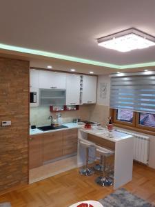 Kuhinja ili čajna kuhinja u objektu Hisar 1