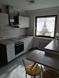 Küche/Küchenzeile in der Unterkunft Ferienwohnungen Blum