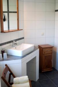 A bathroom at Pension am Markt Kindelbrück