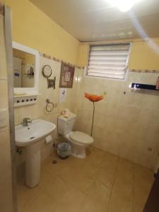 Salle de bains dans l'établissement Bavaretto Ocean Club