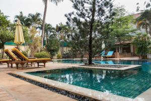 The swimming pool at or close to La Villa