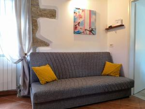 A seating area at Apartment Franko - Hum