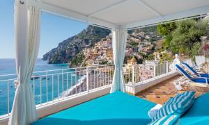 Vista sulla piscina di Villa Boheme Exclusive Luxury Suites o su una piscina nei dintorni